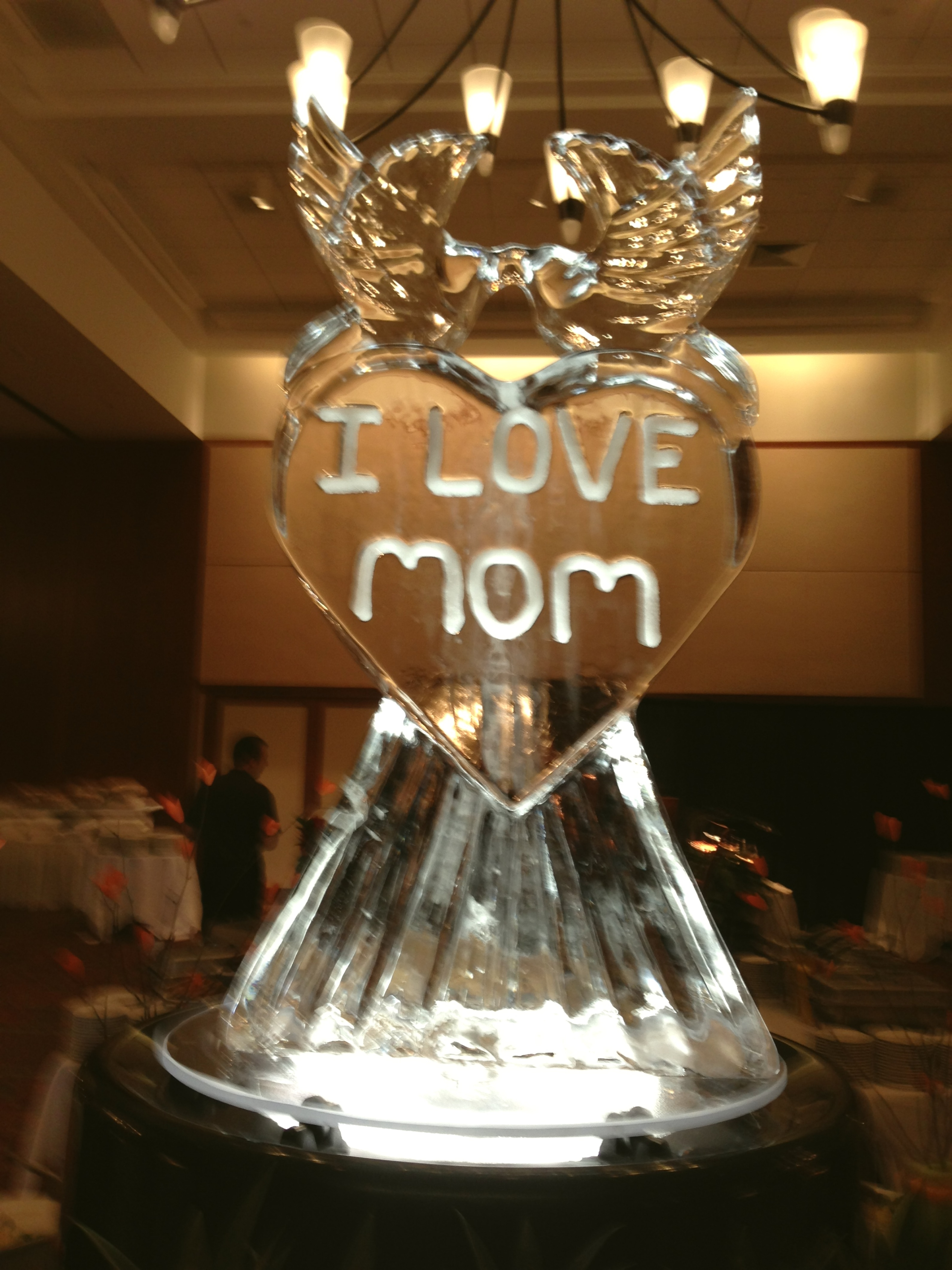 Happy Mothers day ice carving